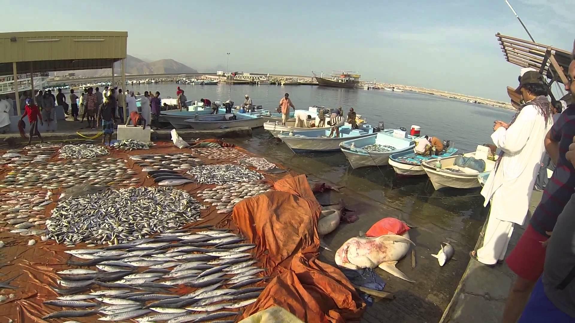 4-fish-market